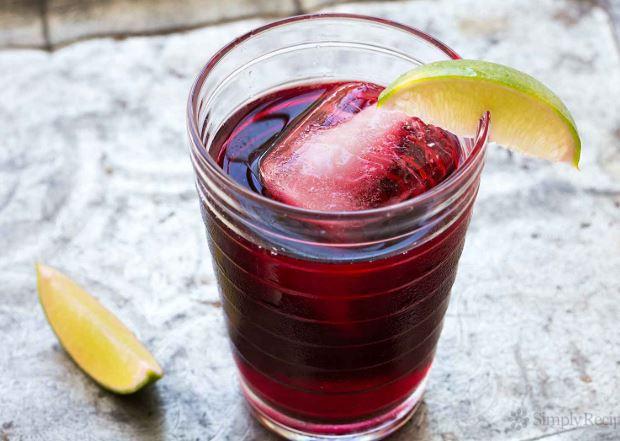 Hibiscus tea recipe and ingredients